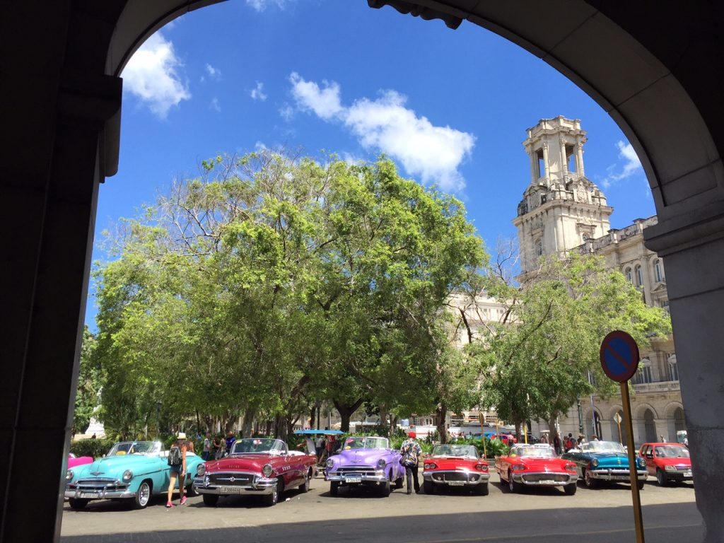 Taxis lined up waiting for passengers in Havana