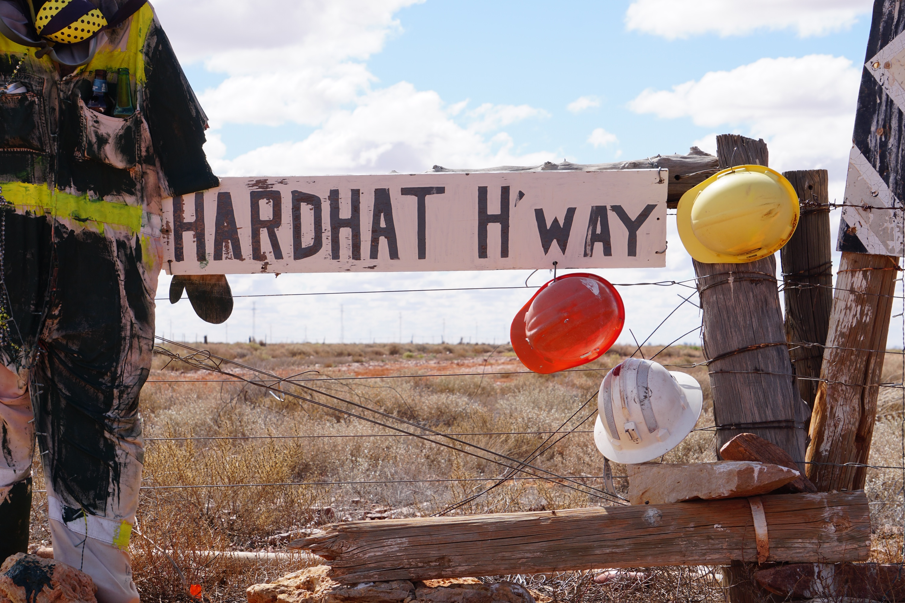 The Olympic 'Hard Hat' Highway links the Stuart Highway to Roxby Downs